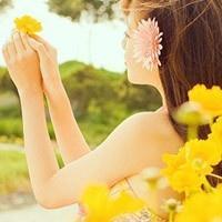 笑甜如花一样美好的头像:眼前就近好