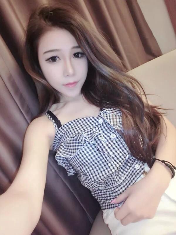 皮肤/QQ非主流女王范透明皮肤:就让美好的记忆美丽下去吧